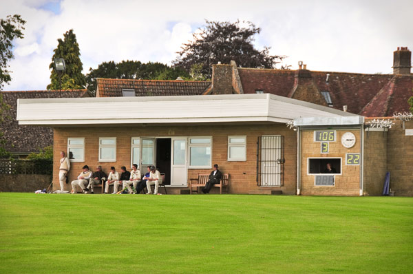Kilve 1st XI return to winning ways at Castle Cary